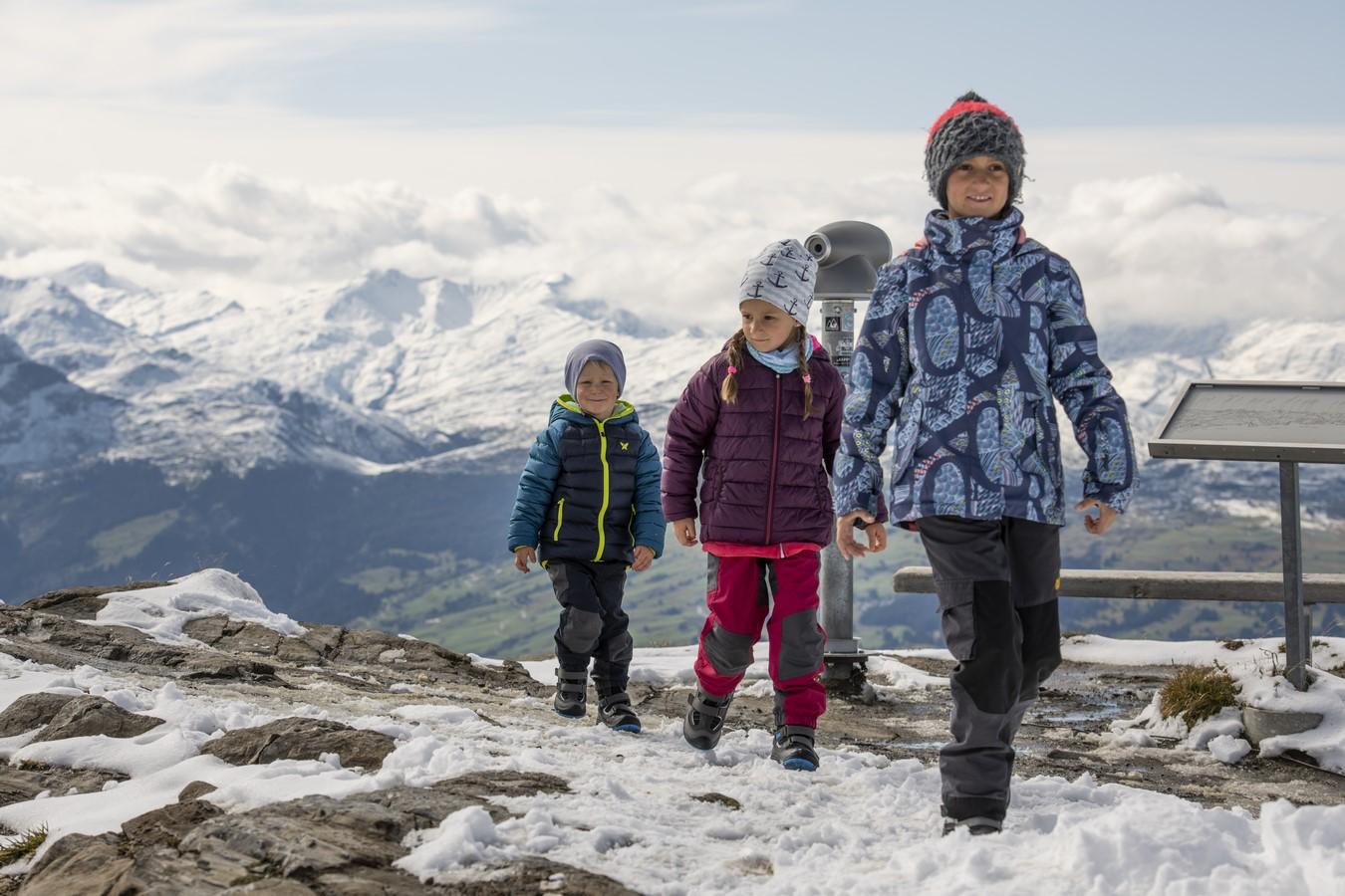 Jak Wybrac Buty Zimowe Dla Dziecka Sniegowce Czy Buty Trekkingowe